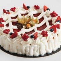 Slottskake - marengs, sitronfromasj og jordbær.