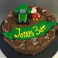 Sjokoladekake med gravemaskin